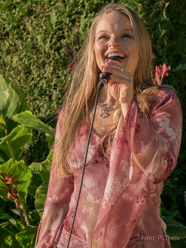 Mona-Deutschmann-Sängerin